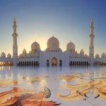 Sebagai tempat untuk beribadah umat muslim, banyak masjid di beberapa tempat yang memiliki desain yang unik dan indah. Tak mengherankan jika waktu pengerjaannya membutuhkan waktu yang lama. Inilah sejumlah masjid di dunia yang bisa kita nikmati keindahannya.