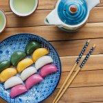 Kue beras tentu bukan jadi kue yang asing untuk kita. Ada banyak sekali jenis kue beras yang kita kenal. Nah, simak pilihan kue beras dari beberapa negara Asia ini. Cek juga kue beras yang bisa dibeli online, ya!