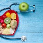Kesehatan kita juga bergantung dari apa yang kita konsumsi. Nah, supaya makanan yang kita makan lebih terjamin kesehatannya, tak ada salahnya kita memasak sendiri di rumah. Simak yuk tips memasak agar terhindari dari kolesterol. Selain itu, cek juga aneka makanan yang bisa membantu menurunkan kolesterol.