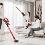 जब भी आप अपने घर की सफाई के बारे में सोचते हैं, तो आप घर से निकलने वाली सभी धूल और कचरे को बाहर निकालने के लिए झाड़ू और पोछा लगा सकते हैं। लेकिन इस काम में समय अधिक लगता हैं और पूरी सफाई भी नहीं हो पाती इसलिए हमें अच्छे उपकरणों की जरूरत महसूस होती है जो सब कुछ साफ कर सकें। इस समस्या का समाधान एक अच्छा यूरेका फोर्ब्स वैक्यूम क्लीनर है। हम आपको भारत में सबसे अच्छे वैक्यूम क्लीनर की एक तैयार की गई हैं, ताकि आप अपनी आवश्यकताओं के अनुसार खरीद कर सकें।