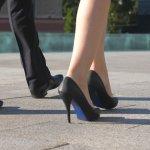 Bekerja menggunakan sepatu formal biasanya bikin pegal dan sakit. Tapi merek Yongki Komaladi mengeluarkan varian sepatu formal yang nyaman dan bisa digunakan seharian. Tampilan sepatunya juga cantik. Yuk, simak rekomendasi sepatu formal dari Yongki Komaladi versi BP-Guide di bawah ini.