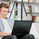 Laptop là một món đồ không thể thiếu trong quá trình học tập, giải trí của học sinh, sinh viên. Những dòng laptop gaming thường được ưa chuộng hơn cả vì cấu hình mạnh, vừa có thể kết hợp chơi game, học tập, thiết kế mà không bị treo máy, đứng máy. Tuy nhiên, giá của laptop gaming lại khá cao khiến nhiều người băn khoăn. Đừng lo, hãy tham khảo ngay 10 laptop gaming giá rẻ dưới 15 triệu dành cho học sinh, sinh viên qua bài viết dưới đây nhé!