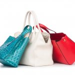 Siapa bilang tas murah enggak bisa bikin penampilanmu makin keren? Ini dia pilihan tas wanita murah 50 ribuan yang sudah BP-Guide siapkan untukmu. Yang pasti, harga murahnya tidak bikin produk berikut murahan!