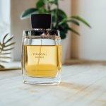 Parfum telah menjadi bagian dari penampilan wanita yang tak bisa dipisahkan. Bau yang wangi akan membuat siapa saja betah berada di dekat kita. Buat kamu yang ingin tetap wangi sepanjang hari, kamu telah datang ke tempat yang tepat. Yuk, simak rekomendasi merek parfum wanita yang wanginya tahan lama ini.