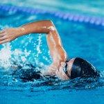 Berenang merupakan kegiatan yang sangat menyenangkan. Jangan biarkan berenangmu jadi sia-sia hanya karena kamu tidak memiliki perlengkapan yang memadai. Simak yuk aneka perlengkapan renang penting untuk menunjang olahraga renangmu!
