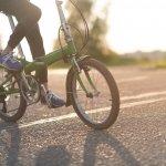 Buat Anda yang ingin bersepeda tanpa ribet, praktis, dan bisa dibawa ke mana saja, sepeda lipat jadi solusi yang tepat. Sepeda lipat dirancang sedemikian rupa agar tetap nyaman dipakai, namun ringan dan fleksibel. Simak rekomendasi sepeda lipat terbaik hanya dari BP-Guide berikut ini!