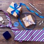 男性(彼氏、旦那)に予算2万円で誕生日プレゼントを贈るときの選び方のポイントは?メッセージの書き方は?これらの疑問を徹底調査してまとめました。社会人の男性へのプレゼントには、ビジネスで使えるアイテムも喜ばれます。仕事中スーツを着用している男性にはネクタイやネクタイピン、ワイシャツ、ベルト、ビジネスバッグ、ビジネスシューズ、腕時計などを贈ると喜ばれます。男性(彼氏、旦那)に人気の予算2万円の誕生日プレゼントを【2018年度版】ランキング形式でご紹介させていただきますので、ぜひ参考にしてください。
