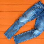 Tampil Fashionable dengan 10 Celana Jeans Pria Distro Rekomendasi BP-Guide! (2020)