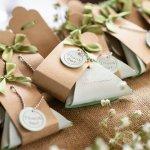 Pesta Pernikahanmu Makin Terkenang dengan 10 Rekomendasi Suvenir Pernikahan Murah dan Unik Berikut (2020)