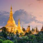 Myanmar mungkin belum ada dalam daftar tujuan wisata yang ingin Anda kunjungi. Namun, negara ini patut dipertimbangkan karena memiliki tempat-tempat wisata yang tak kalah indahnya. Oleh-olehnya pun beragam dan belum tentu ada di tempat lain. Sangat tepat menjadi pemberian untuk kerabat dan teman Anda.