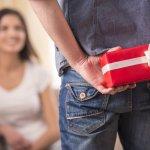 彼女や妻の誕生日には、日頃の感謝や愛情を込めたプレゼントを贈りましょう。今はどんなプレゼントが人気なのか、【2021年最新版】をランキング形式にまとめました。日常生活の中で活用することができるプレゼントを選ぶことがおすすめです。ぜひ素敵なプレゼントを見つけてください。