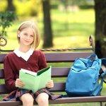 小学校から中学校へ上がるときの入学祝いのメッセージは、新しい生活への期待を高めて、より素敵な学生生活を送るためのパワーになります。今回は、新しく中学生になるお子さんとそのご両親に、祝福やエールを伝えて喜んでもらうためのメッセージの書き方や文例をご紹介します!