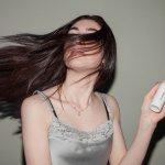 Hair spray adalah produk styling yang kini banyak digunakan untuk menyempurnakan penampilan rambut dan membuatnya rapi sepanjang hari. Jika kamu membutuhkan hair spray yang oke untuk membuat tampilan rambutmu tetap memesona, kamu bisa cek rekomendasinya berikut!