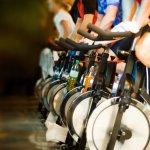 Olahraga kini semakin praktis dan anti repot saja. Tanpa perlu keluar rumah, Anda sudah bisa mendapatkan tubuh yang sehat dan bugar. Caranya dengan menggunakan sepeda statis. Melalui artikel ini BP-Guide akan memberikan rekomendasi sepeda statis terbaik untuk kamu miliki di rumah.