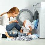 Mencuci baju bayi memang tak boleh sembarangan karena kondisi kulit bayi masih amat sensitif dan berbeda dengan orang dewasa. Oleh sebab itu, pastikan Anda menggunakan hanya deterjen bayi yang aman dan bebas alergi seperti yang direkomendasikan BP-Guide berikut ini.