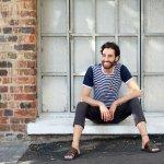 Update! 10 Sandal Pria Paling Nge-Hits Saat Ini yang Sangat Cocok untuk Menemani Suasana Santai