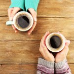 Bagi Anda pecinta kopi, pastinya tak pernah absen menikmati secangkir kopi di pagi hari. Saat ini sudah banyak produsen yang beragam kopi instan untuk mempermudah konsumen. Bagi Anda yang tidak ingin repot dan tak punya banyak waktu untuk sekedar membuat kopi, kopi instan bisa jadi pilihan menarik. Beberapa diantaranya bahkan memiliki beberapa cita rasa sehingga terkesan unik dan bisa dinikmati banyak orang.