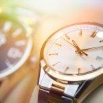 ブルガリの腕時計は、有名宝飾ブランドならではのデザイン性と、高い技術力を持ち合わせた時計です。シンプルながらも気品を感じさせるデザインは、シーンを問わず活躍するため、男性のプレゼントとして定評があります。今回はブルガリの腕時計の中でも人気のものをご紹介します。価格の相場もご紹介しますので、ぜひプレゼント選びの参考にしてください。