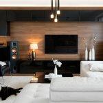Televisi adalah salah satu alat elektronik yang tak bisa dipisahkan dari setiap rumah. Dengan berkembangnya teknologi, jenis TV makin beragam. Jika ingin memiliki TV modern dengan tampilan yang keren, tak ada salahnya cek rekomendasi OLED TV terbaik pilihan BP-Guide berikut!