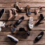 Saat bepergian, alas kaki pasti menjadi bagian dari outfit yang kita kenakan. Sepatu menjadi bagian yang tidak terpisahkan terutama jika hendak bepergian jarak jauh. BP-Guide punya rekomendasi khusus sepatu jenis ini untuk pria dan wanita lho. Dijamin pasti nyaman saat bepergian ke mana pun!