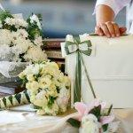 結婚という人生で大切なイベントを迎える方には、お祝いの気持ちをぜひプレゼントで表現したいものです。今回は、予算2万円でプレゼントできる人気のアイテムを「2019年 最新版」ランキング形式でご紹介します。結婚祝いのプレゼントは、これからの結婚生活に役立つものを選びましょう。ぜひプレゼント選びの参考にご覧ください。