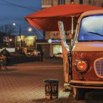 Food trucks may not be as visible and popular as in some other countries, but we sure do have them, and they do serve some delicious fare! In this article, we have brought for you information about food trucks and how they have revolutionised the food culture of India in recent times. We have also listed down the famous food truck companies that have already started in some major cities of India.