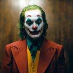 Joker memang menjadi sensasi tersendiri. Tokoh villain yang merupakan musuh abadi Batman ini begitu mengundang perhatian khalayak. Khusus untuk kamu para fans Joker, BP-Guide akan memberikan rekomendasi produk topeng Joker yang layak kamu jadikan koleksi.