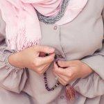 6+ Model Pilihan Aksesoris Kalung Wanita Berhijab Populer Untukmu
