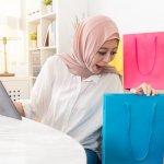 Bulan Ramadan, saatnya menghadiahkan kado untuk momen istimewa dengan napas Islami. Tidak perlu terpaku dengan tren, asalkan hadiahnya bisa berkesan untuk orang tersayang kamu.