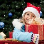 小学2~3年生を迎える8歳の女の子は、入学したころに比べると自我もはっきりとし大人っぽくなっています。今回は、メイクセットなど【2019年最新版】の人気が高いクリスマスプレゼントをランキングにしてご紹介します。8歳という年頃だからこそ喜ばれる理由などもまとめていますので、プレゼントを選ぶときの参考にしてください。