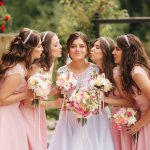 10 Rekomendasi Gaun yang Cantik untuk para Bridesmaid di Pernikahanmu Nanti (2020)