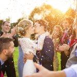Tidak semua pakaian bisa cocok dengan pesta pernikahan. Apalagi, bila pestanya memiliki tema tertentu. Nah, berikut BP-Guide akan memberikan tips dan rekomendasi untuk Anda dapat tampil menarik dan sesuai di setiap pesta pernikahan.