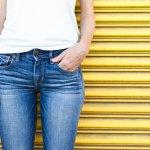 Celana jeans jogger wanita sudah banyak beredar di pasaran. Buat kamu yang belum tahu banyak tentang celana ini, BP-Guide telah menyiapkan informasi lengkap tentang celana tersebut berikut ini.