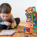 Mainan merupakan sarana penting untuk membantu perkembangan anak. Ada banyak stimulus yang bisa dimaksimalkan melalui mainan, lho. Maka dari itu berikan mainan yang tepat untuk buah hati, ya. Simak cara memilih mainan untuk anak dan rekomendasinya dari kami!