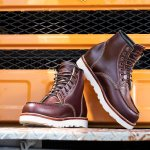 Sepatu boots adalah salah satu fashion item wajib bagi pria. Serbaguna, sepatu ini bisa digunakan untuk momen formal maupun santai. Bingung memilih produk yang murah namun berkualitas? Yuk, simak rekomendasi produk dari BP-Guide berikut!
