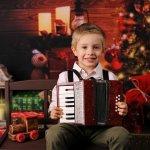 Bạn đang đau đầu vì mãi chưa chọn được quà cho bé trai 3 tuổi? Đừng lo lắng nữa, hãy tham khảo danh sách 10 gợi ý dưới đây về những món quà nên tặng cho bé trai 3 tuổi nhà mình nhé!