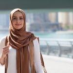 Memiliki wajah bulat bukan halangan untuk menggunakan jilbab. Ada trik dan tips agar wajahmu lebih cantik saat menggunakan jilbab. Bahkan ada rekomendasi jilbab yang bisa dipilih untuk digunakan pemilik wajah bulat. Berikut ulasannya.