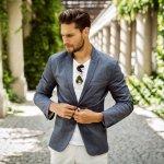 Jangan pernah remehkan soal penampilan pria. Meskipun fashion pria cenderung itu-itu saja, banyak juga item fashion yang memiliki harga yang mahal dan berasal dari merek-merek ternama luar negeri. Barang-barang ini tetap disukai karena kualitasnya tidak pernah bohong.