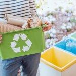 Banyaknya sampah yang ada di Indonesia memang tidak terhitung, terutama sampah-sampah plastik yang sulit terurai. Daripada menjadi limbah di muka bumi, kita tengok kisah tokoh-tokoh yang sukses besar dari mendaur ulang sampah dan ragam produk yang bisa kamu gunakan dari sampah plastik yang sudah didaur ulang. Yuk, telusuri bersama BP-Guide!