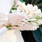 Lengkapi Gaun Pengantinmu dengan 10 Rekomendasi Sarung Tangan Pengantin Wanita Terpopuler dan Elegan (2020)