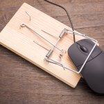 Mouse sudah jadi bagian dari laptop atau komputer yang tak bisa dipisahkan. Bila selama ini Anda hanya mengetahui bentuk mouse yang itu-itu saja, ternyata ada juga bentuk mouse unik. Di industri digital mouse dengan bentuk yang unik ini bisa membuat semangat bagi penggunanya lho. Berikut beberapa bentuk mouse unik yang perlu Anda ketahui.