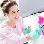 Membersihkan rumah tentu jadi aktivitas yang tak boleh dilewatkan jika ingin rumah tetap terlihat rapi, bersih, sehat, serta nyaman untuk dihuni keluarga. Sulit membersihkan noda yang menempel di berbagai permukaan rumah Anda? Coba pembersih enzimatik pilihan BP-Guide berikut!