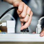 Awasi Penggunaan Listrik di Rumah Anda dengan 10 Rekomendasi Perlengkapan Listrik Ini