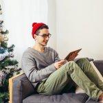 男子高校生にとっても一大イベントの、クリスマスがやってきます。今回は、高校生の「男友達」に贈る、2019年の最新プレゼントランキングをご紹介します。トレンドのアイテムは喜んでもらいやすいと思いがちですが、流行を追いすぎると長く使うことが難しくなります。流行に左右されないシンプルなアイテム、例えば文房具等はプレゼントの定番です。