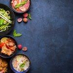 Thailand dikenal sebagai salah satu surga kuliner di Asia Tenggara. Kalau kamu datang berkunjung, jangan lupa juga untuk mencicipi aneka kuliner khas yang rasanya tak kalah enak dengan kuliner negara lainnya. Simak rekomendasinya berikut!