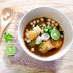 Baso aci menjadi salah satu jajanan populer pecinta makanan pedas. Kamu bisa beli secara online untuk camilan selama berada di rumah saja. Yuk, intip berbagai produk rekomendasinya dari kami!