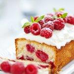 Bagi Anda yang suka membuat berbagai jenis kue mungkin tidak asing dengan buah kering yang biasanya jadi campuran dalam kue. Selain memberikan sensasi segar, memilih buah kering sebagai topping atau bahan campuran kuemu pasti akan lebih sehat. Yuk, cek dulu daftar buah kering yang bisa Anda pilih!