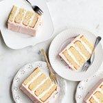कैसे बनाये बटरक्रीम केक जो पूरी तरह से मलाईदार, मीठा और समय से पहले बनाया जा सकता है? सूचीबद्ध स्वाद अनुकूलन और कदम-दर-चरण वीडियो के साथ हम आपके लिए यह अनुच्छेद लाये है जिससे पढ़ने के बाद आपके पास एक विधि उत्तम केक बनाने के लिए होगी !