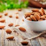 Ngemil Tanpa Khawatir Gemuk dengan 10 Rekomendasi Snack Kacang Almond Berikut (2021)