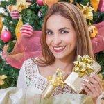 Sebentar lagi Natal, tak ada salahnya jika kamu memanfaatkannya untuk berbisnis. Kamu bisa mencoba berjualan apa pun itu yang bisa dijual menjelang Natal. Ingin dapat ide bisnis produk apa di Natal ini? Simak artikel berikut, yah.